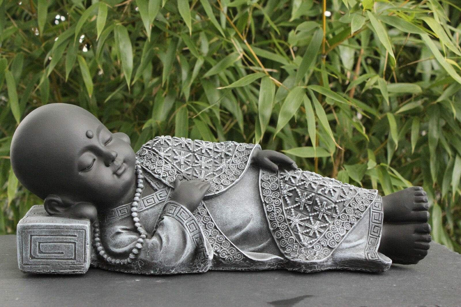 buddha liegend figur deko garten stein figur statue skulptur garten figur eur 35 90 picclick de. Black Bedroom Furniture Sets. Home Design Ideas