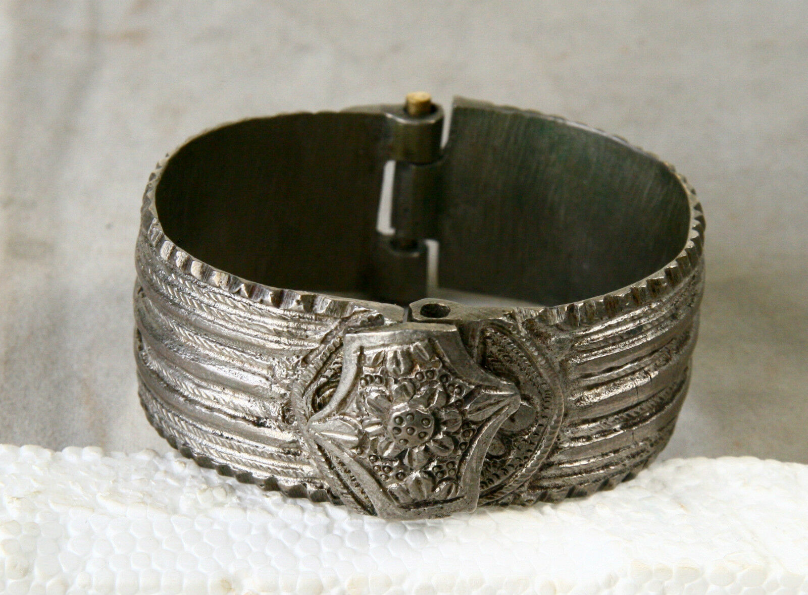 ANTIQUE Greek Byzantine HAND CRAFTED Beautiful Silver BRACELET