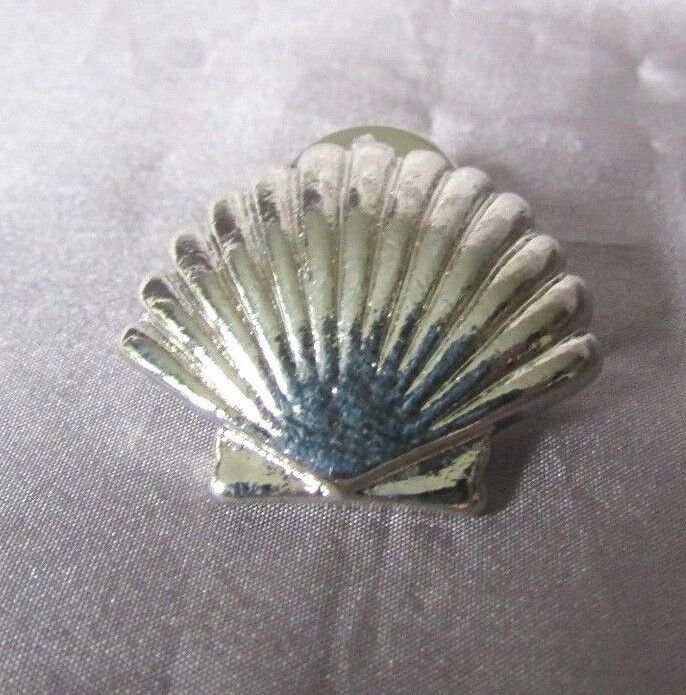 Pretty Silver Sea Shell  lapel Pin/Brooch -3/4'' X 1
