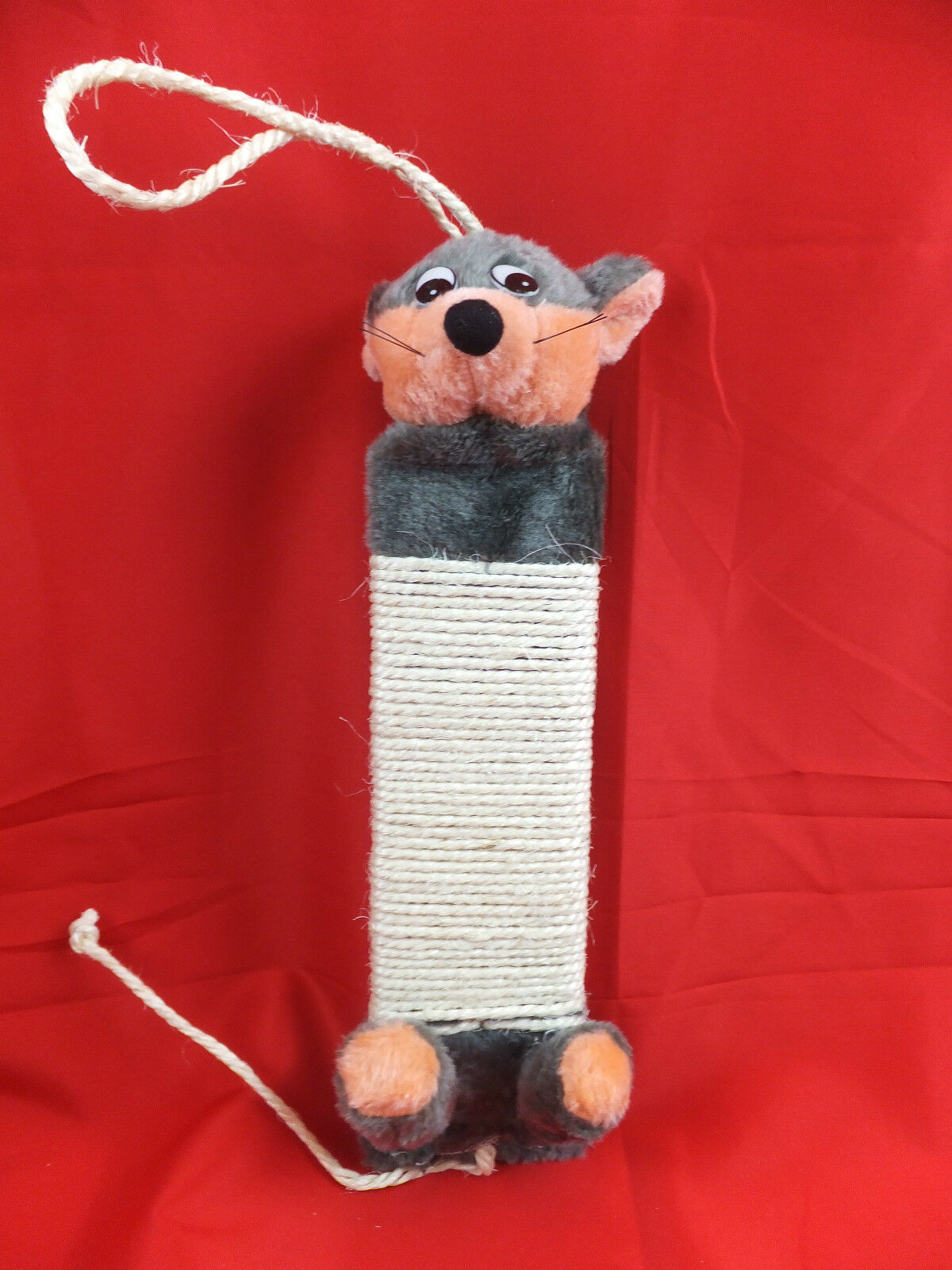 Friendly Mouse Hanging Scratching Post For Your Cat  Cto 14
