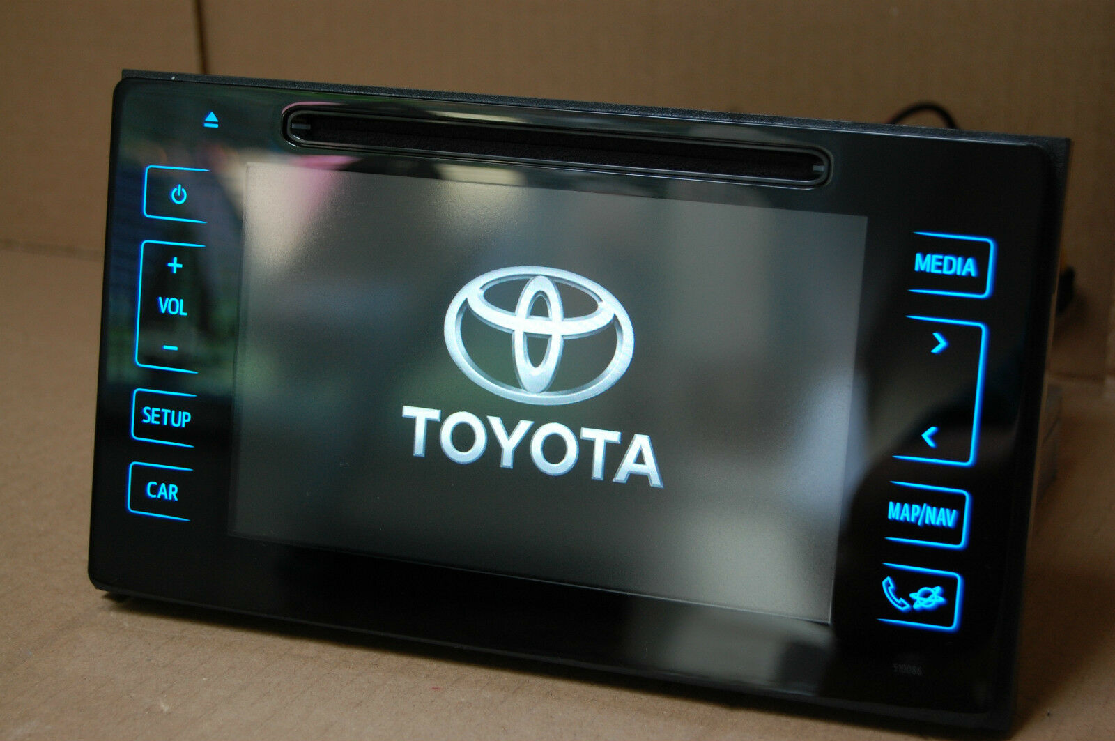 genuine toyota auris touch go 2 radio dab hybrid 2015 2016 sat nav eur 537 97 picclick fr. Black Bedroom Furniture Sets. Home Design Ideas