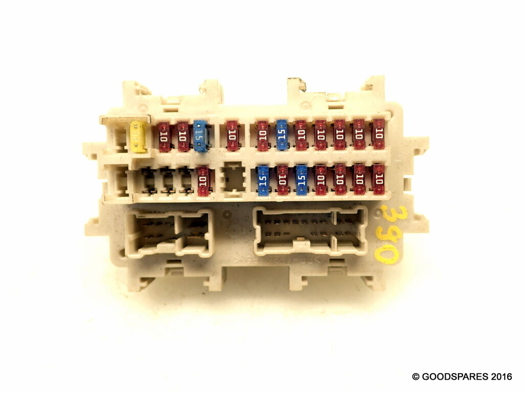 Fuse Box 05 Nissan Navara D40 Doublecab 25 Dci Ref390 3071 1 Of 1only Available