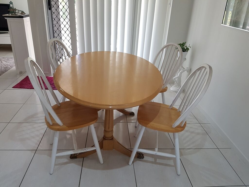 Tasmanian oak wooden quality dining set kitchen table for Quality dining tables