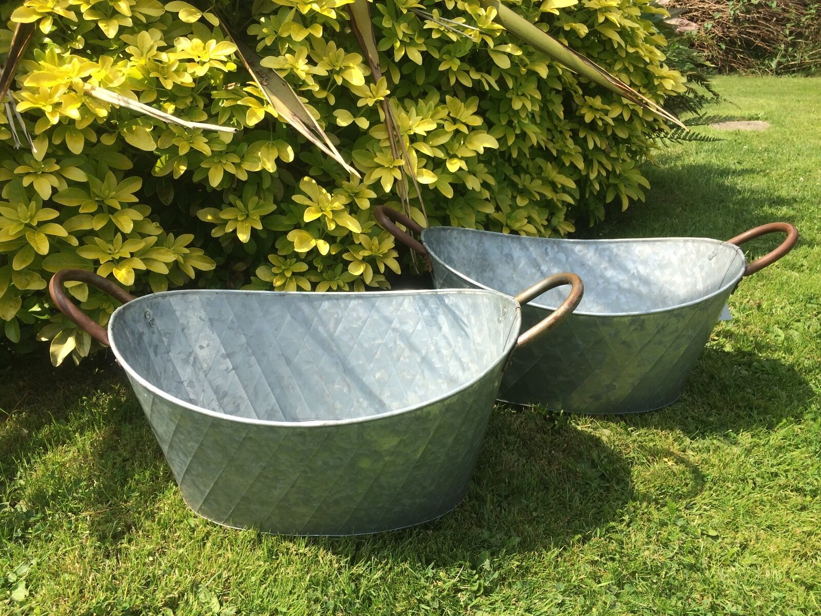 2x vintage style grey zinc galvanised metal garden flower for Large metal tub for gardening