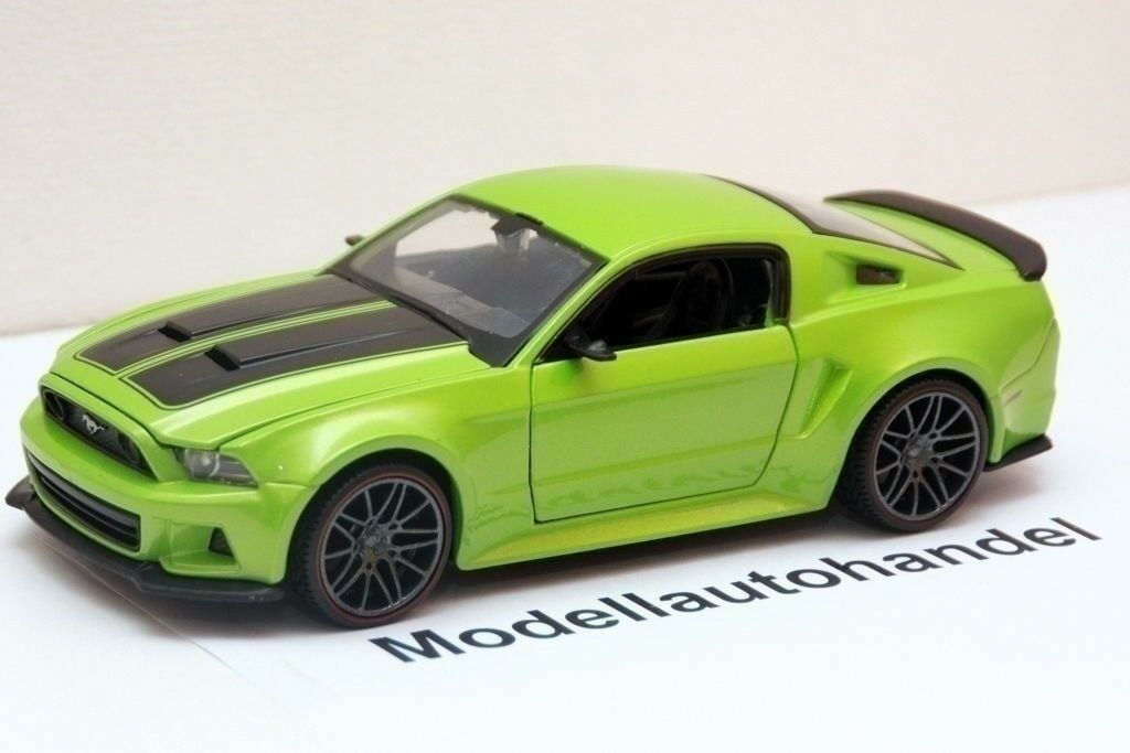 ford mustang 5 0 gt street racer 2014 1 24 maisto eur 14 90 picclick de. Black Bedroom Furniture Sets. Home Design Ideas