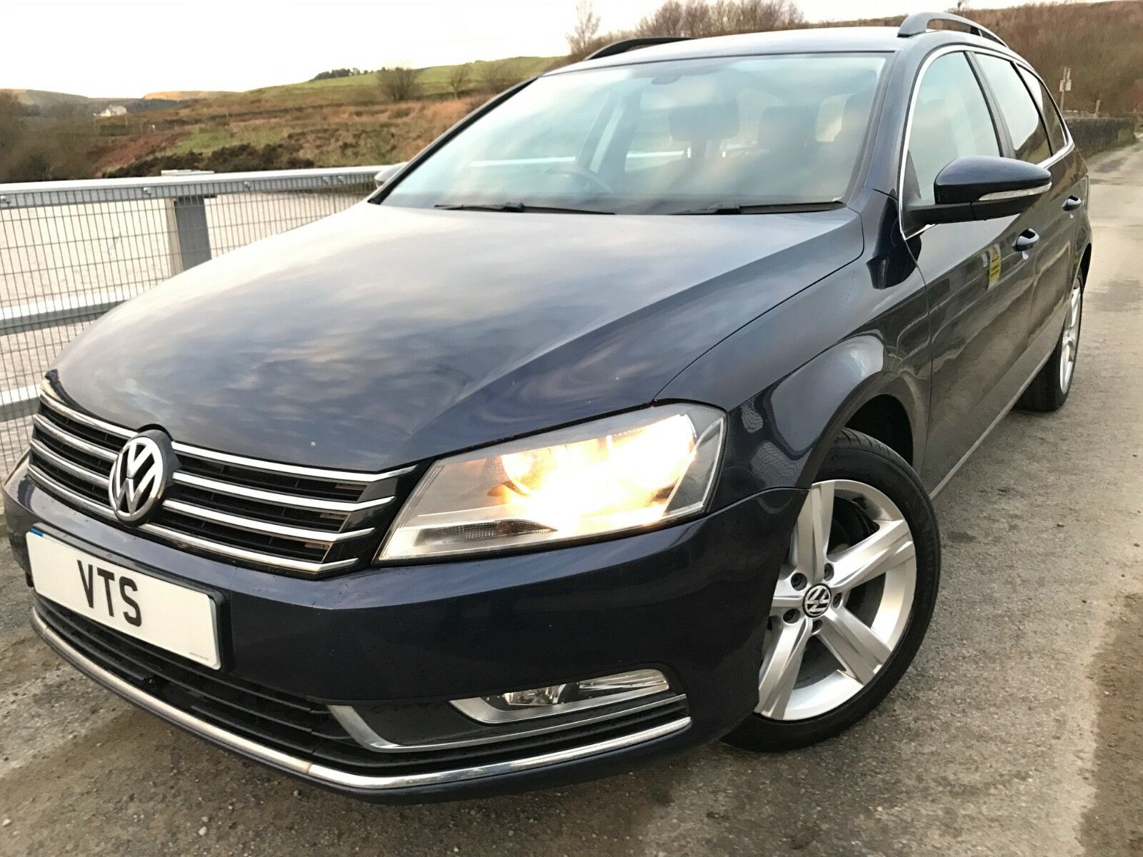 2011 volkswagen passat 1 6 tdi bluemotion tech se estate vw history top spec 4. Black Bedroom Furniture Sets. Home Design Ideas