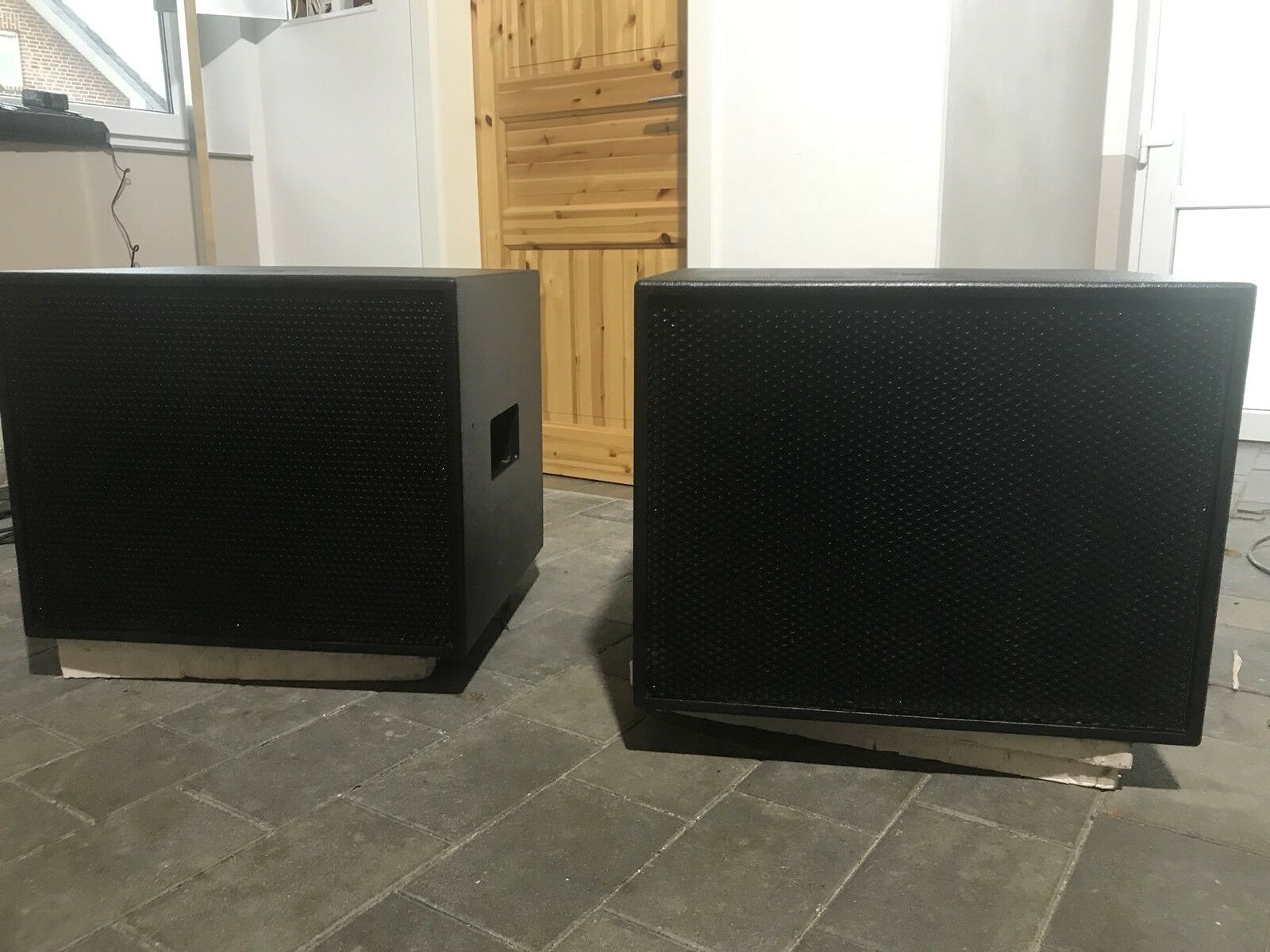 18 zoll aktiv subwoofer asa va pd 18 900w rms rcf und. Black Bedroom Furniture Sets. Home Design Ideas