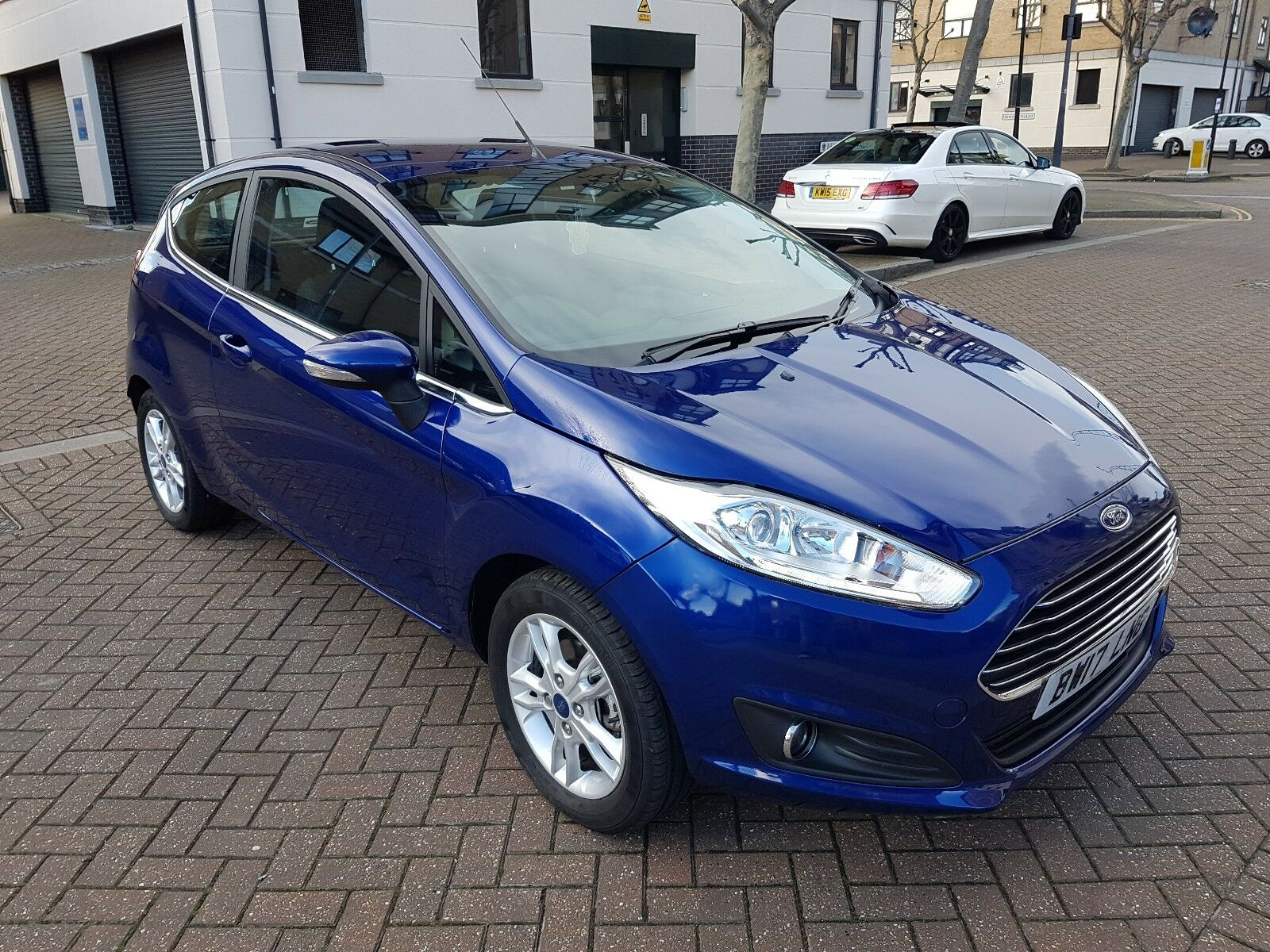 2017 ford fiesta zetec 1 0 turbo ecoboost 3dr petrol 4 picclick uk. Black Bedroom Furniture Sets. Home Design Ideas