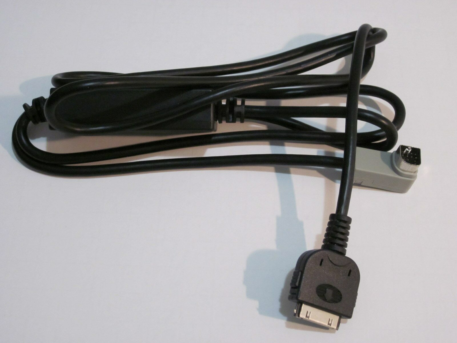 Pioneer Avh P4000dvd Ipod Iphone Adapter Cable 5v New B 1299 Manual 1 Of 3only Available
