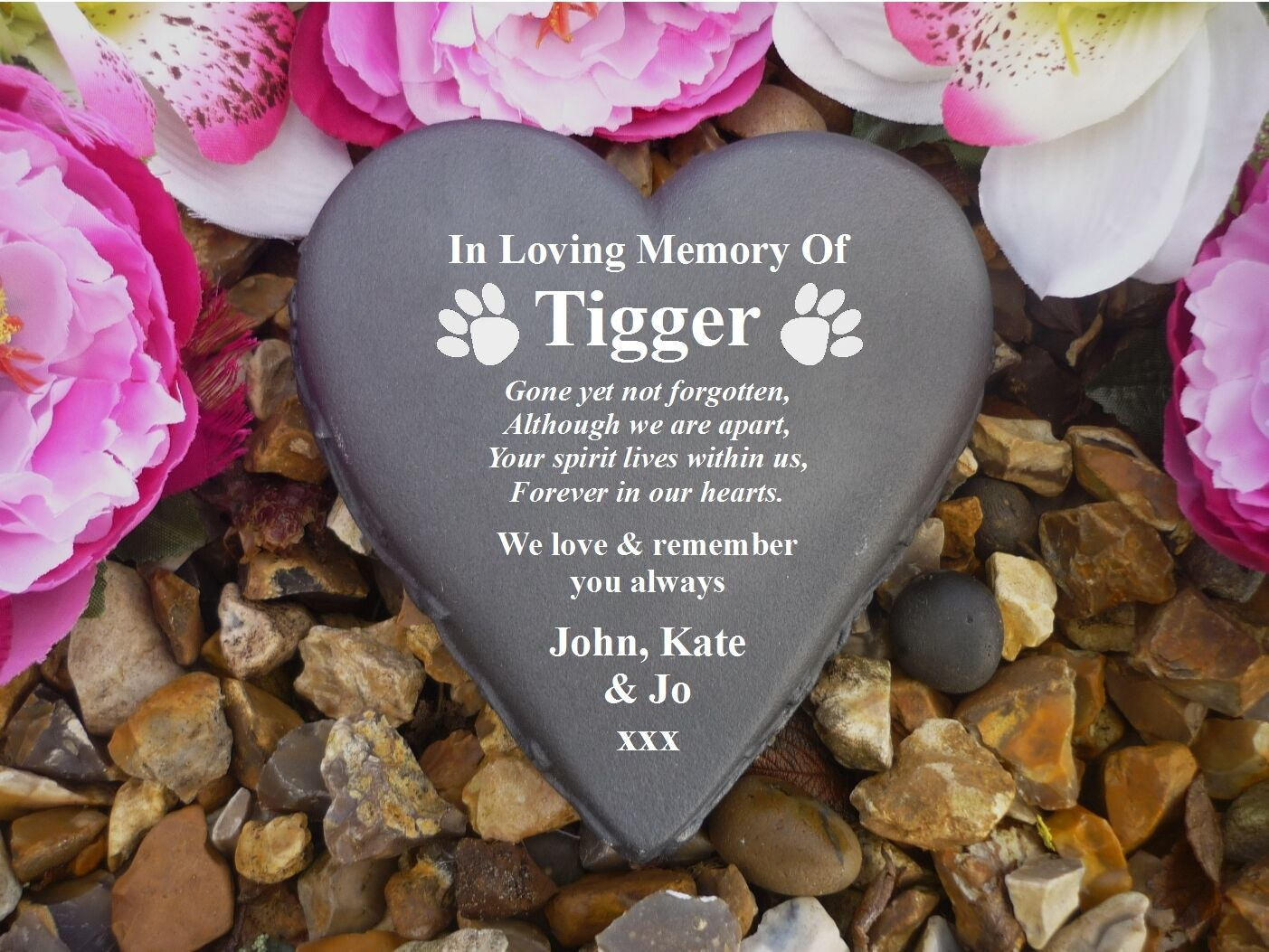 Pet Dog Memorial - Personalised Stone Floral Heart (Stone Effect) Paw Prints