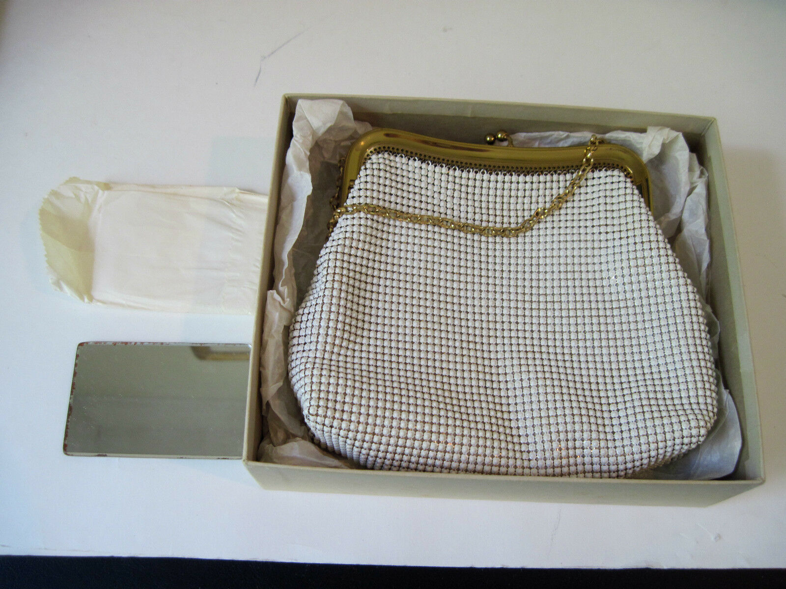 Vintage Whiting Davis White Metal Mesh Purse W Original Box Wred Mirror 1 Of 5only Available