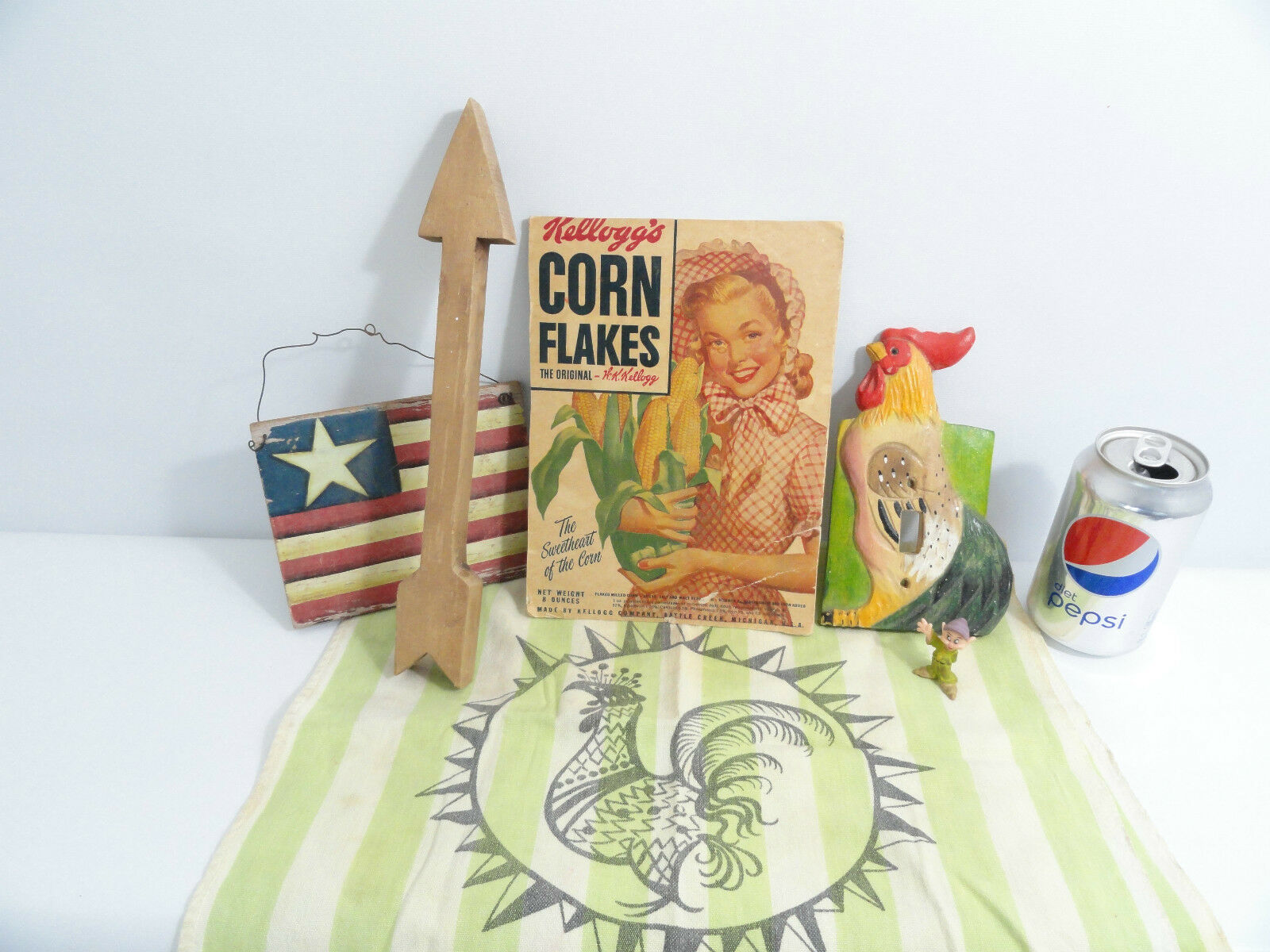 Collectible Trunk Find Kellogg's Rosters, Old Wooden Flag of Texas  Cannon Linen