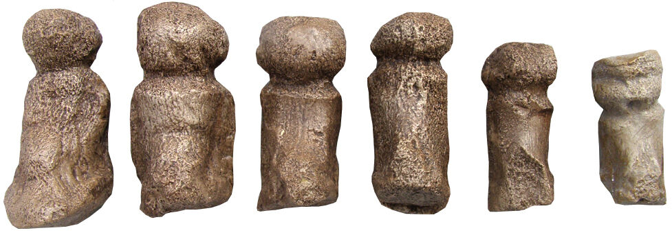 Serie of 6 paleolithic Venuses  - casts of resin