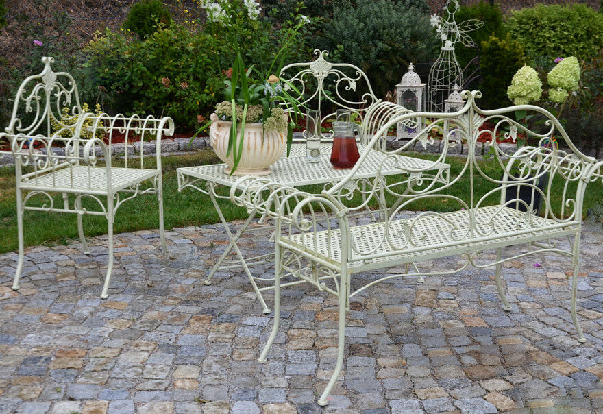 gartenm bel eisen 3 gartenset bistro balkon tisch 2 stuhl vintage weiss antik eur 299 00. Black Bedroom Furniture Sets. Home Design Ideas