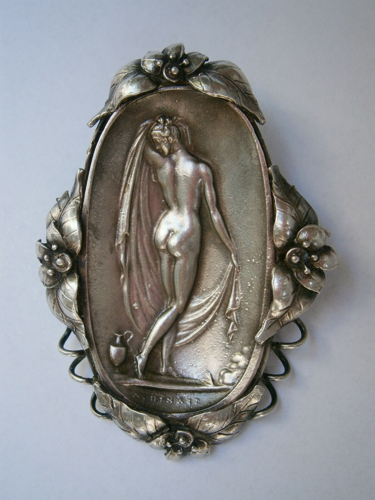 VINTAGE OLD HAND MADE SOLID SILVER 26,3gr. BROOCH PIN NUDE EROTIC LADY ORNATE