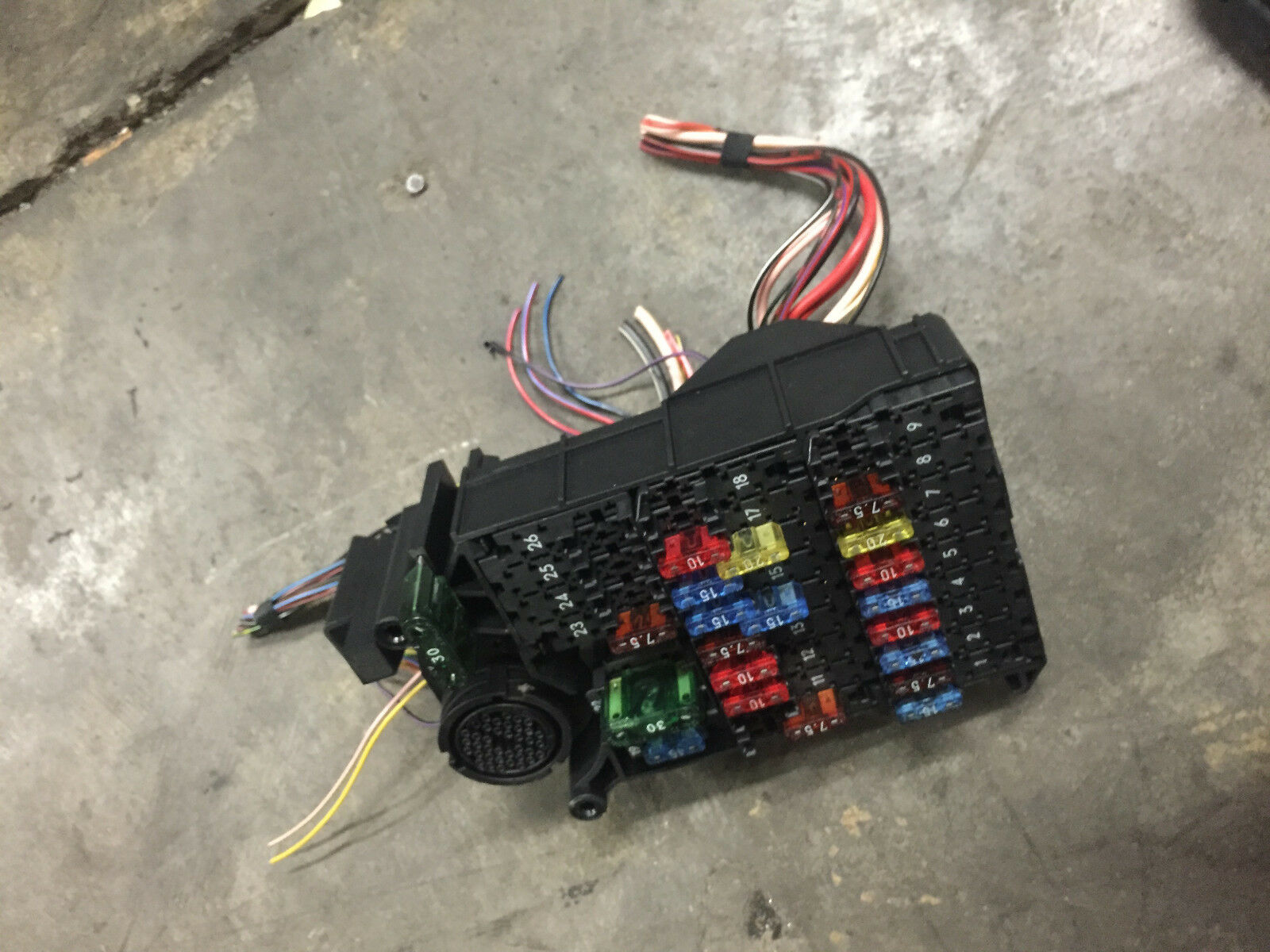 1997 Mercedes W210 E320 E420 #1 Oem Under Hood Fuse Box Sam Module 1 of  3Only 1 available 1997 Mercedes ...
