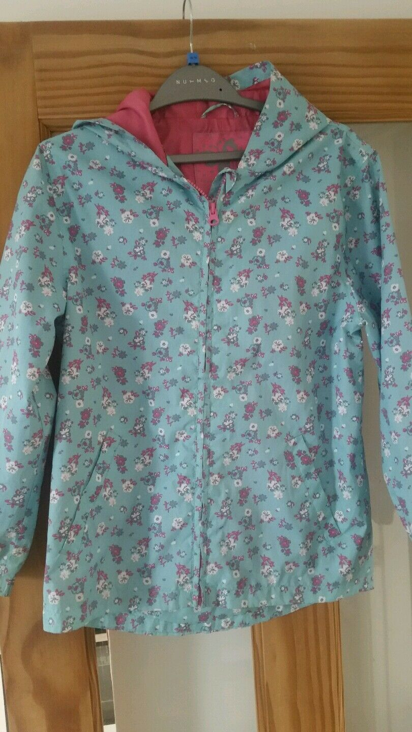Girls raincoat age 9-10