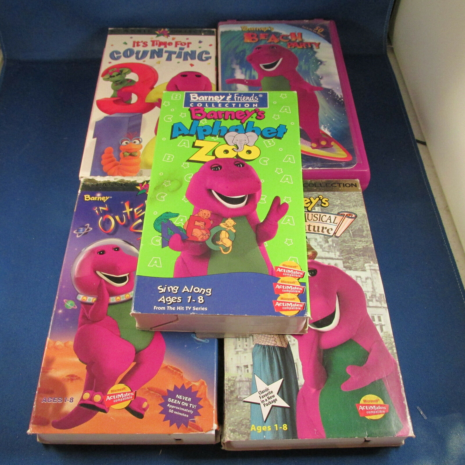 lot of 5 barney the purple dinosaur vhs tapes 2582