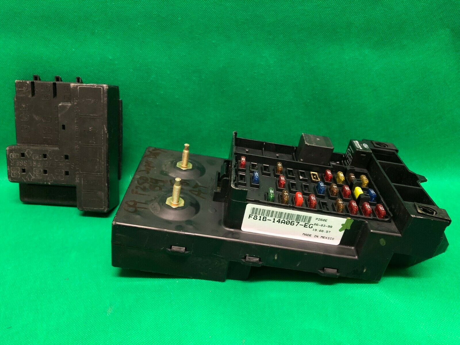 1999 99 Ford F250 F350 Interior Fuse Panel Junction Box Relay  F81B-14A067-Eg 1 of 10Only 2 available ...