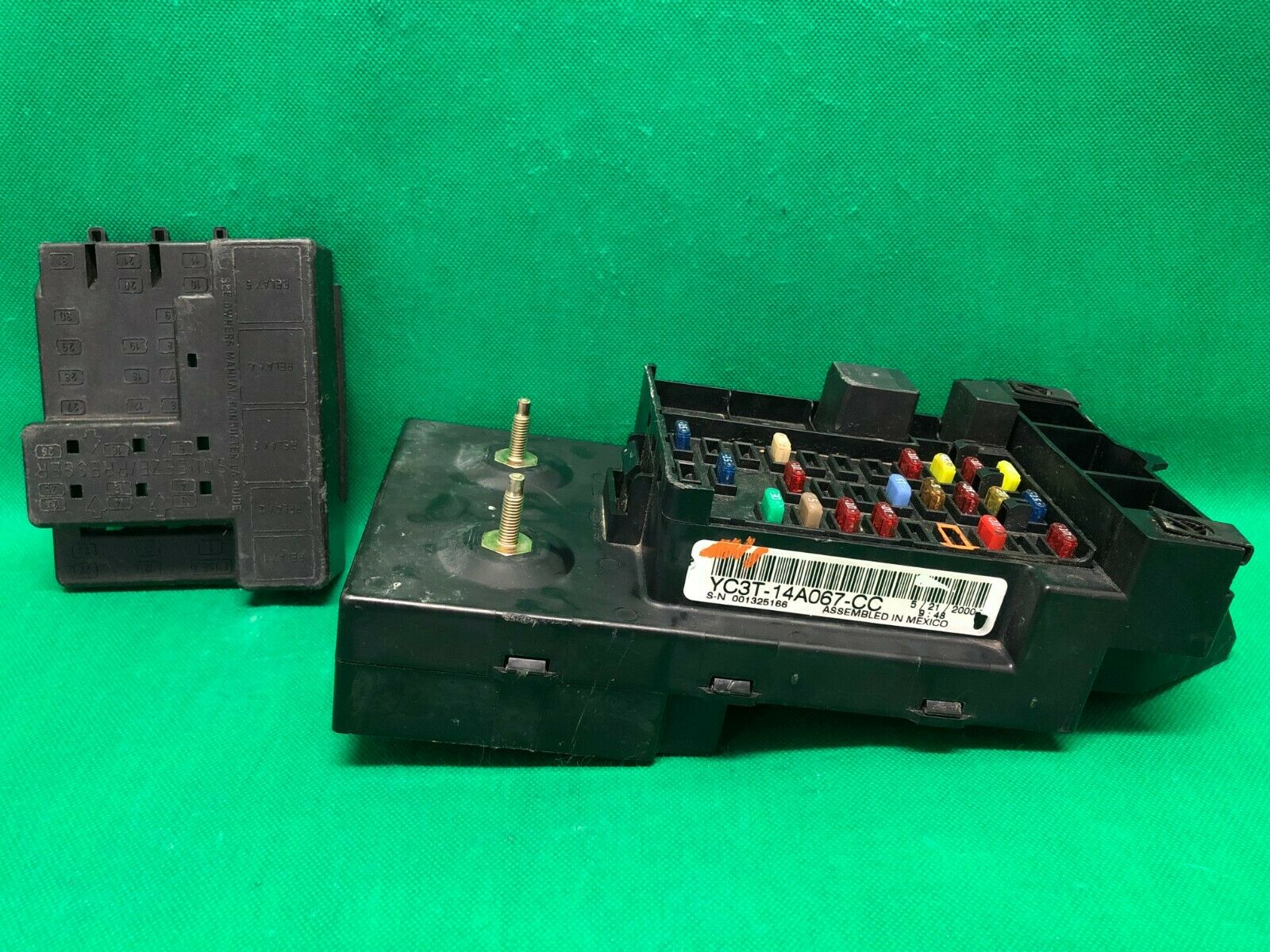 2000 00 Ford F250 F350 Super Duty Diesel Interior Fuse Box Relay  Yc3T-14A067- 1 of 12Only 0 available ...