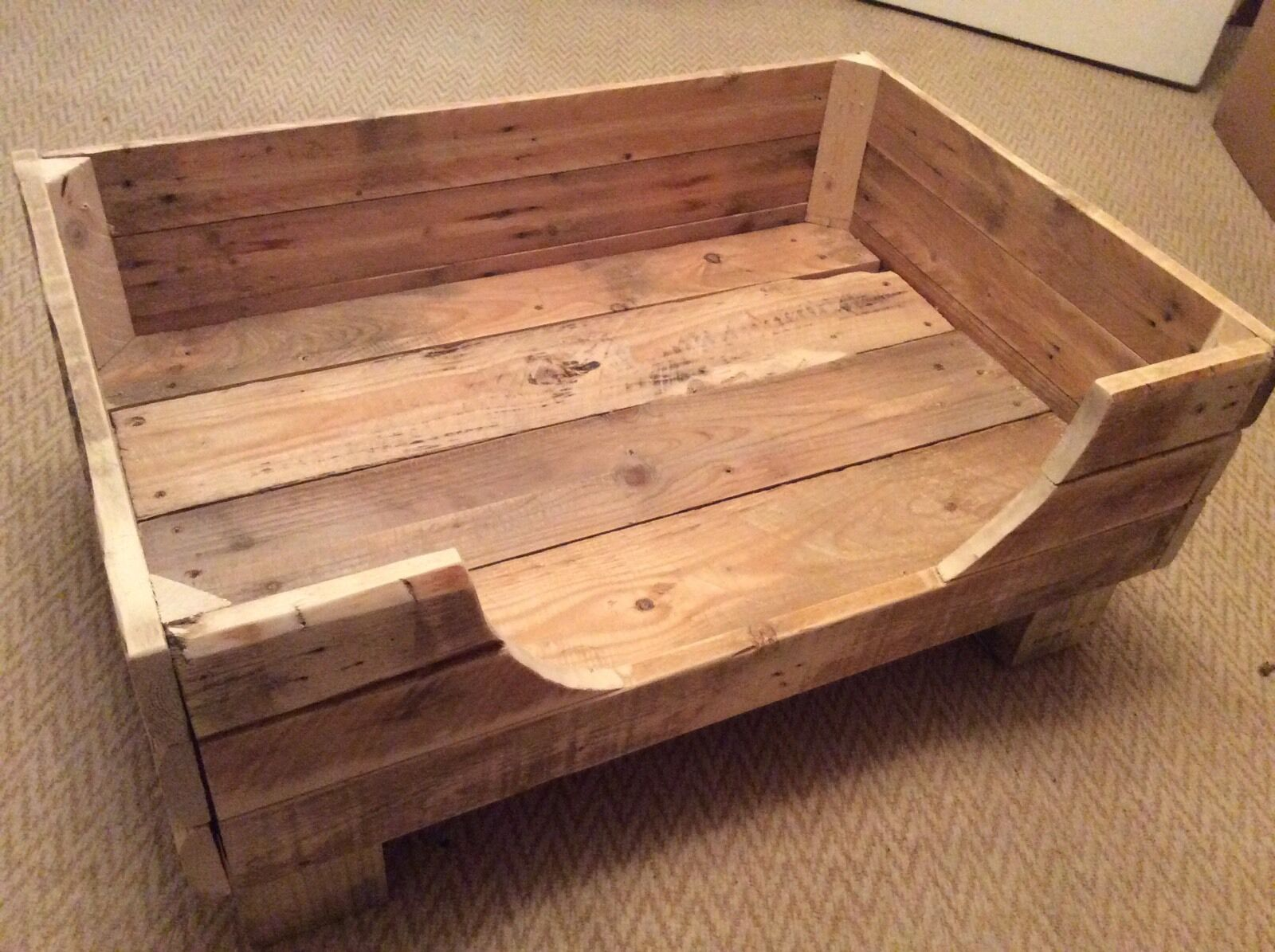 Rustic Dog Bed Made From Reclaimed Pallet Wood 1 Of 1only 4 Available