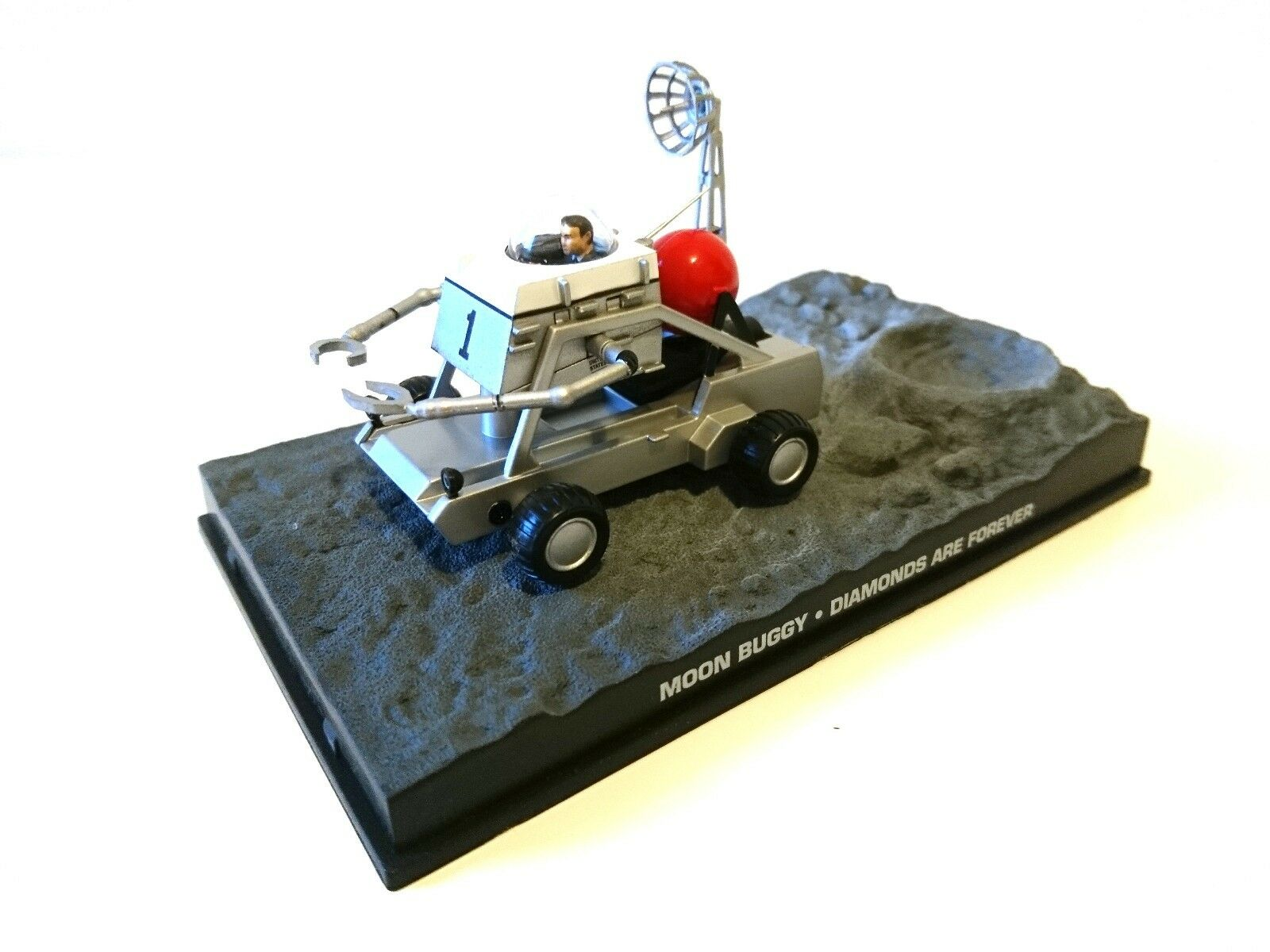 MOON BUGGY JAMES BOND 007 Diamonds are Forever 1 43 IXO AUTO MODEL