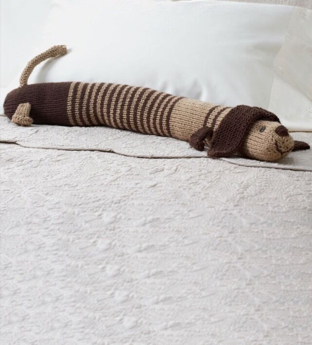 DOG DRAUGHT EXCLUDER / Toy Knitting Pattern Laminated \