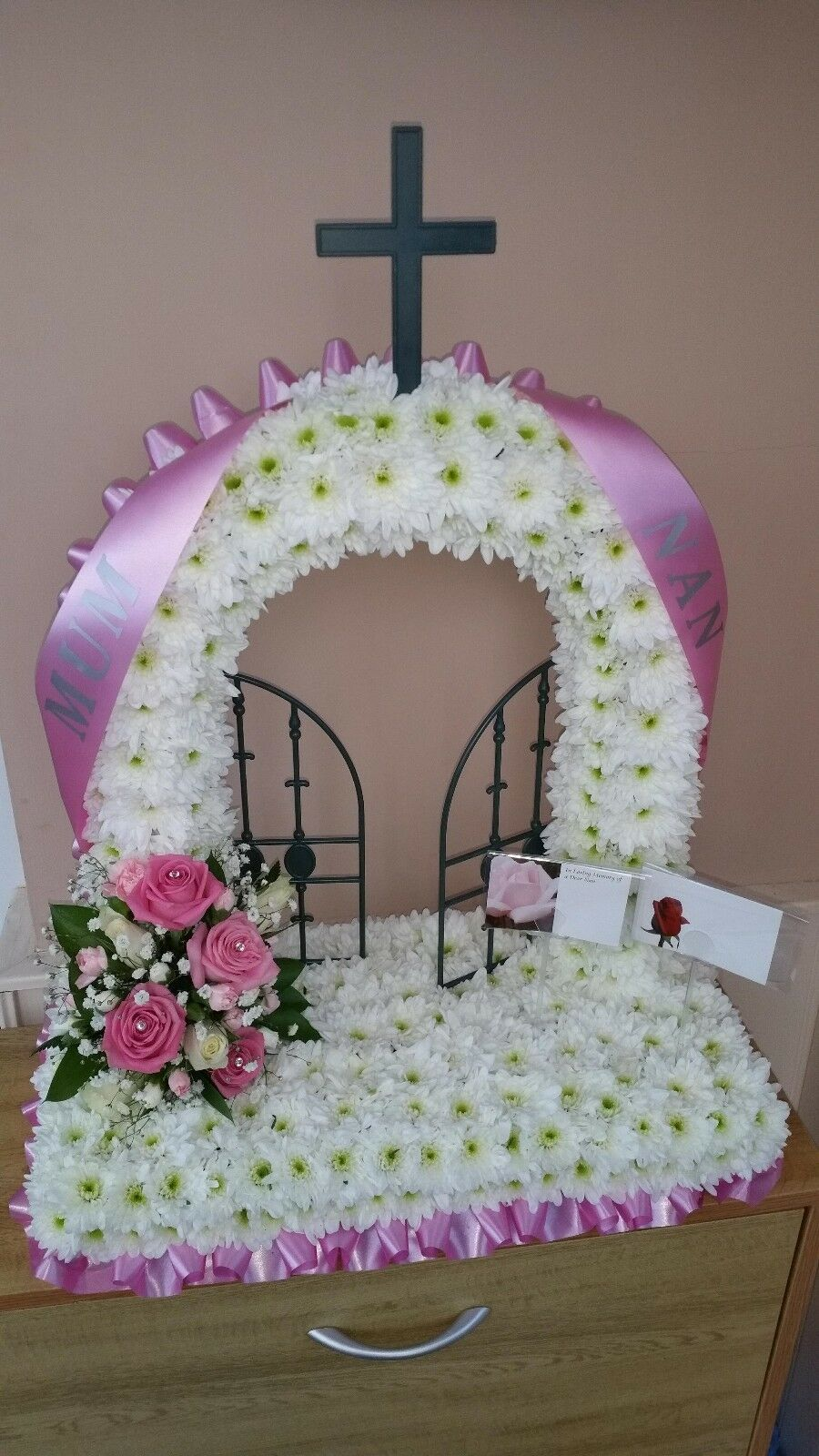 Funeral tribute gates of heaven fresh flowers 8000 picclick uk funeral tribute gates of heaven fresh flowers 1 of 1only 1 available izmirmasajfo