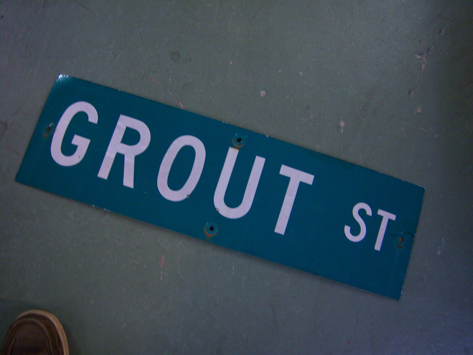 """Vintage ORIGINAL GROUT ST STREET SIGN 30"""" X 9"""" WHITE LETTERING ON GREEN"""