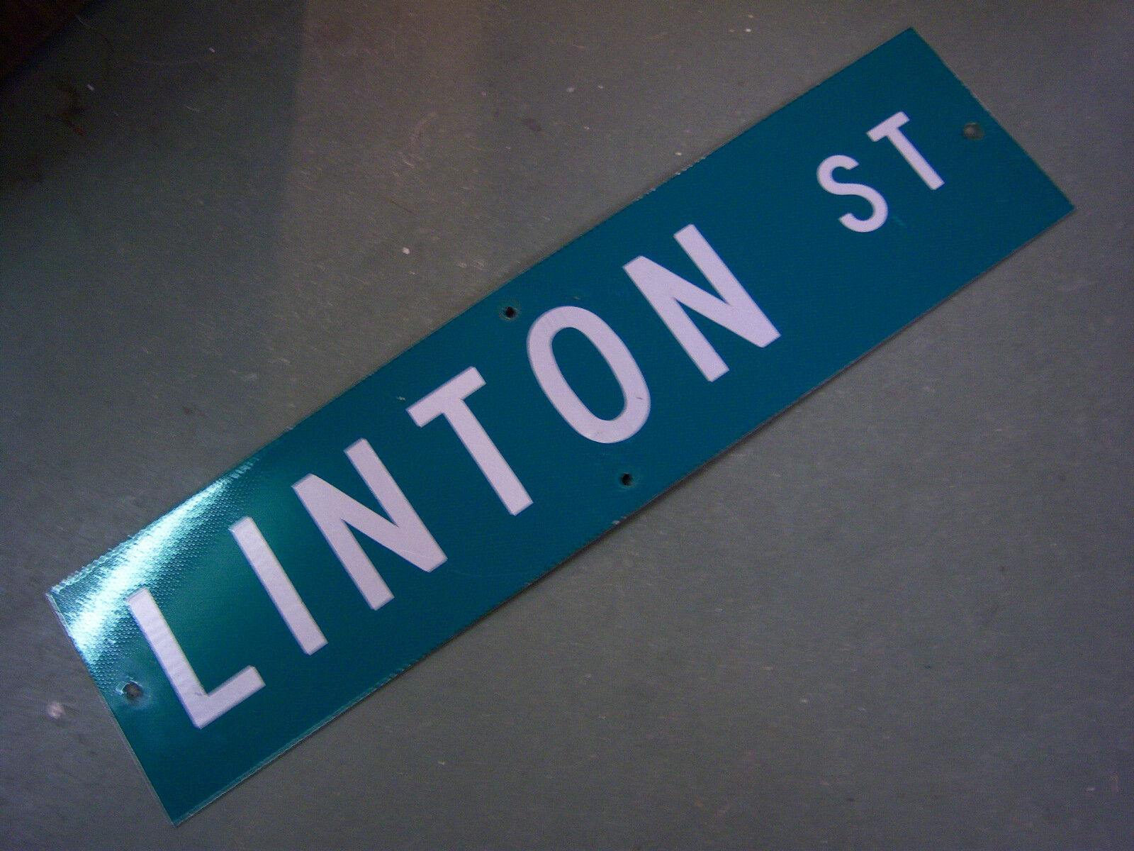 "Vintage ORIGINAL LINTON ST STREET SIGN WHITE ON GREEN BACKGROUND 36"" X 9"""