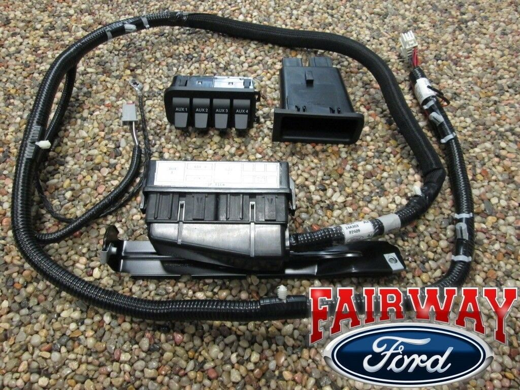 05 Thru 07 Super Duty F250 F350 F450 F550 Oem Ford In Dash Upfitter 2011 Switch Wiring Diagram 1 Of 1free Shipping See More