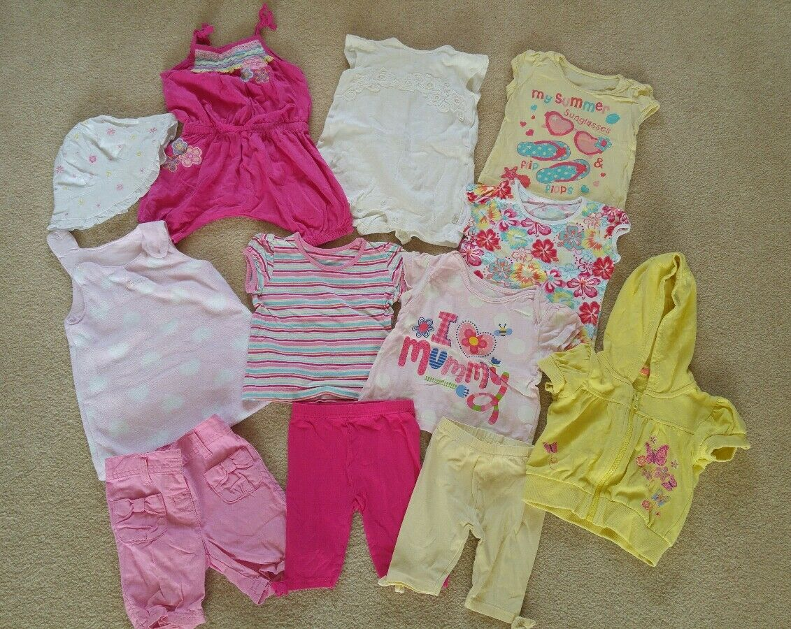 baby girl s clothes 6 9 months girl • £2 20 Pic UK