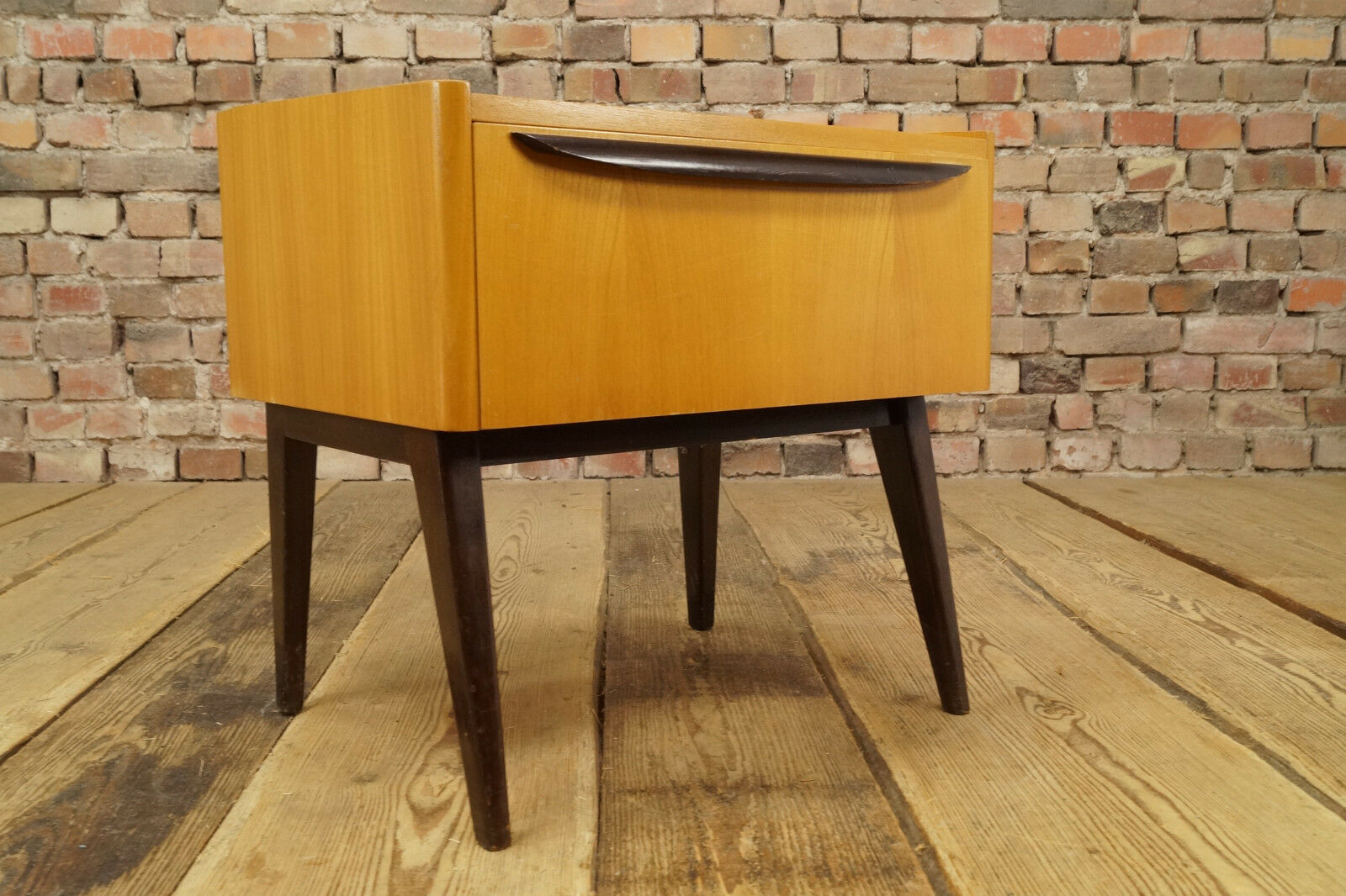 vintage mini sideboard 60er kommode nachttisch mid century design holz anrichte eur 75 00. Black Bedroom Furniture Sets. Home Design Ideas