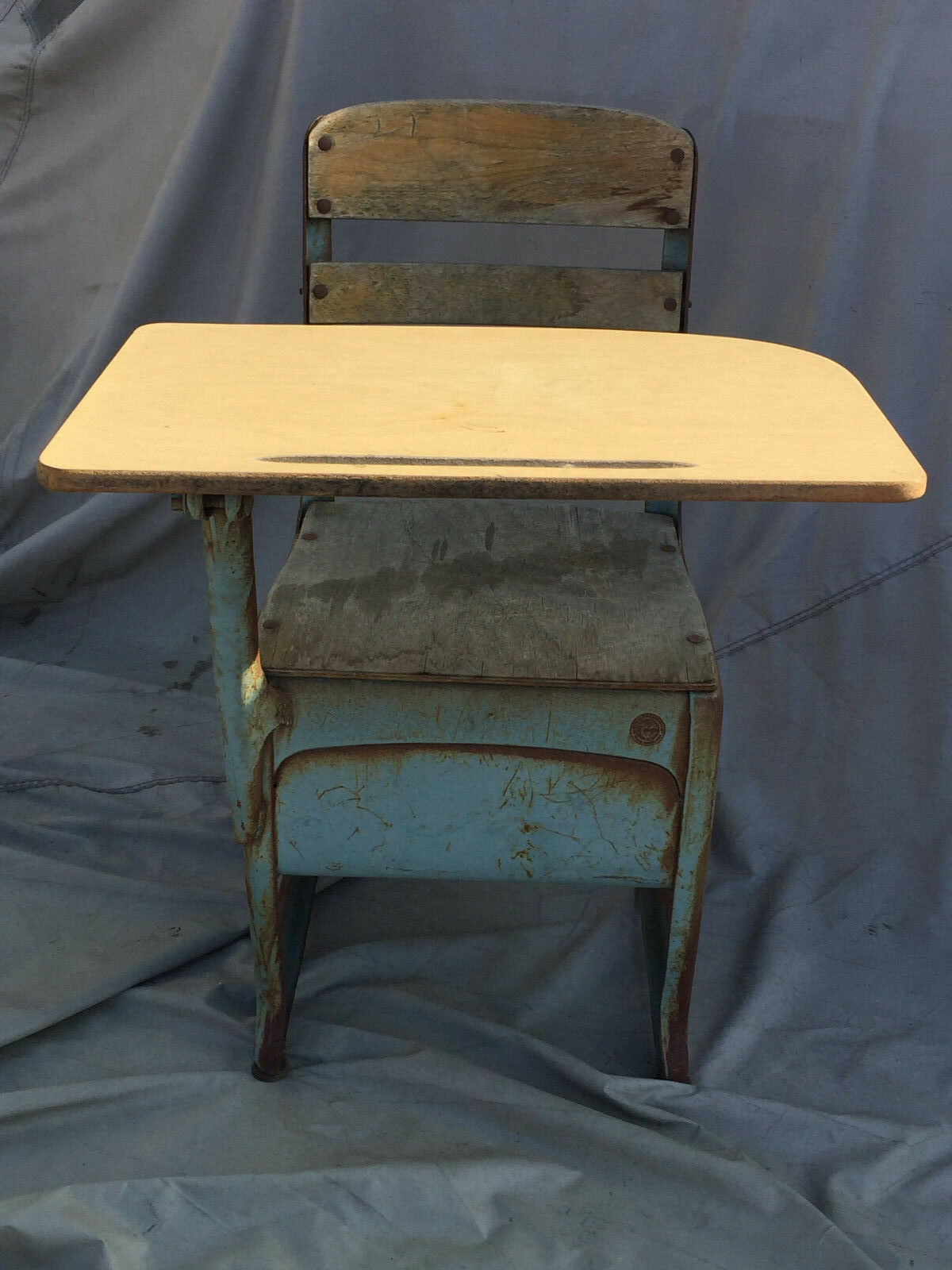 Collectible Vintage Metal And Wood School Desk Envoy American Seating Co Usa 1 Of 12only Available