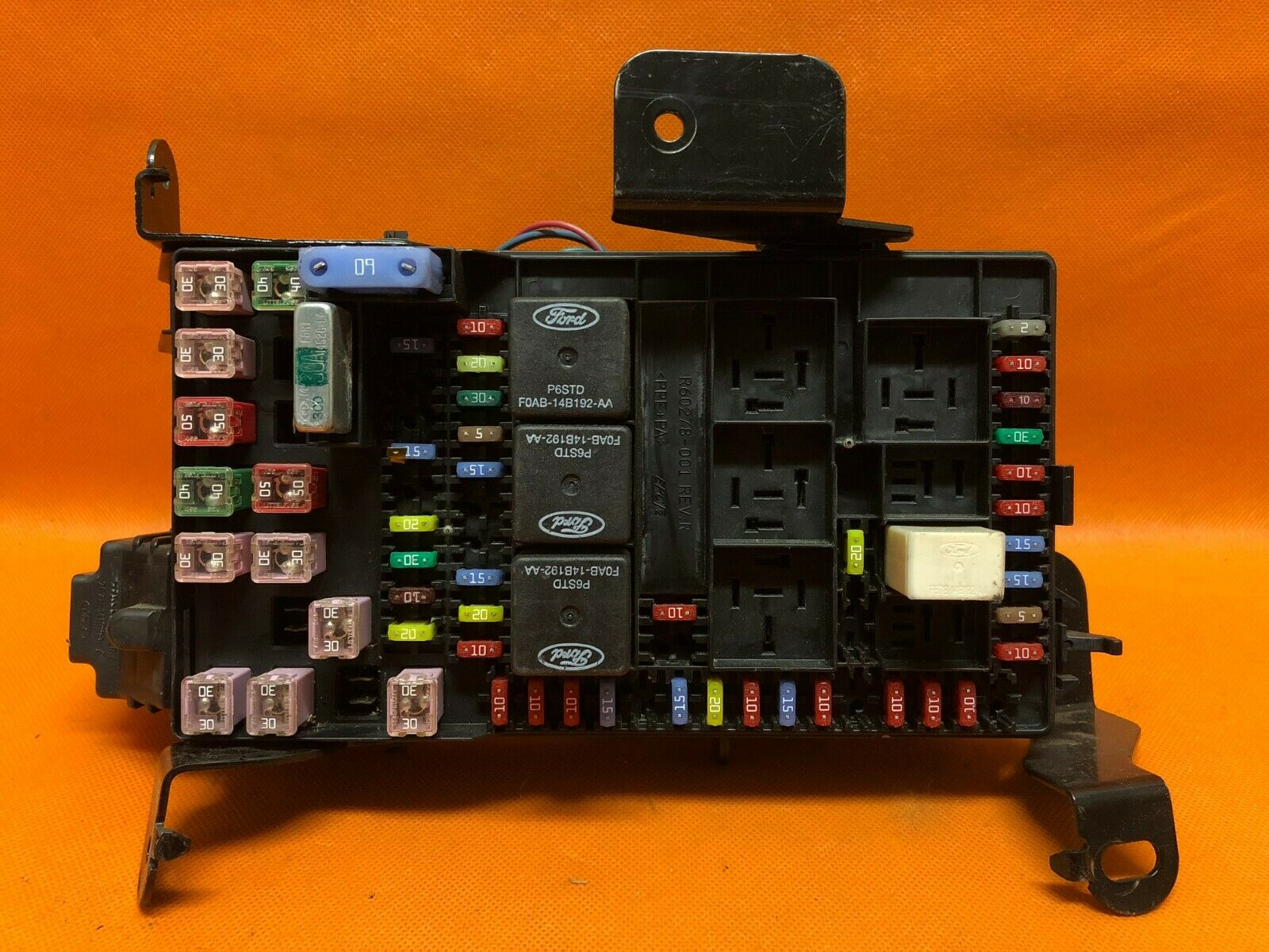 03 04 Ford F250 F350 SUPER DUTY FUSE JUNCTION BCM BOX RELAY 3C3T-14A067- 1  of 12Only 0 available See More