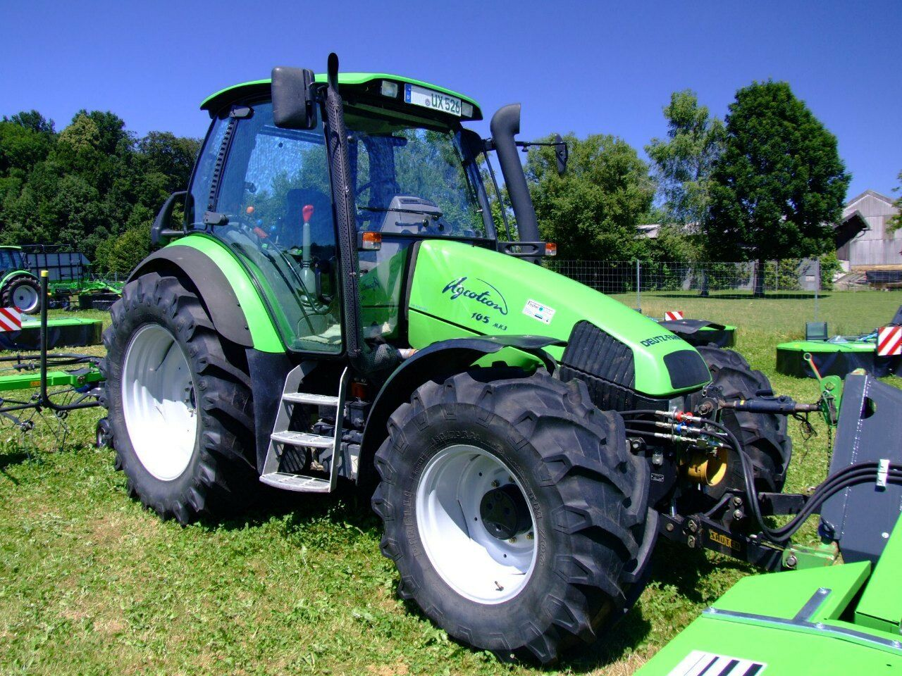 Deutz Fahr AgroTron Workshop Operators and Parts Manuals on CD 1 of 1FREE  Shipping ...