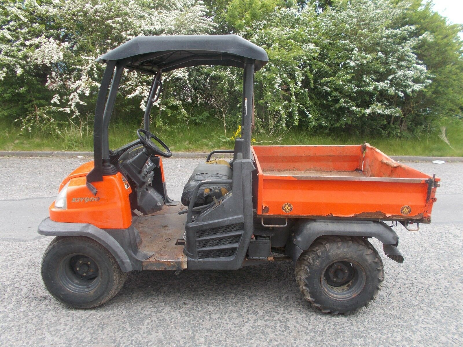 2005 Kubota RTV900 UTV utility vehicle dumper diesel Kawasaki mule deliver  Quad 1 of 11 See More