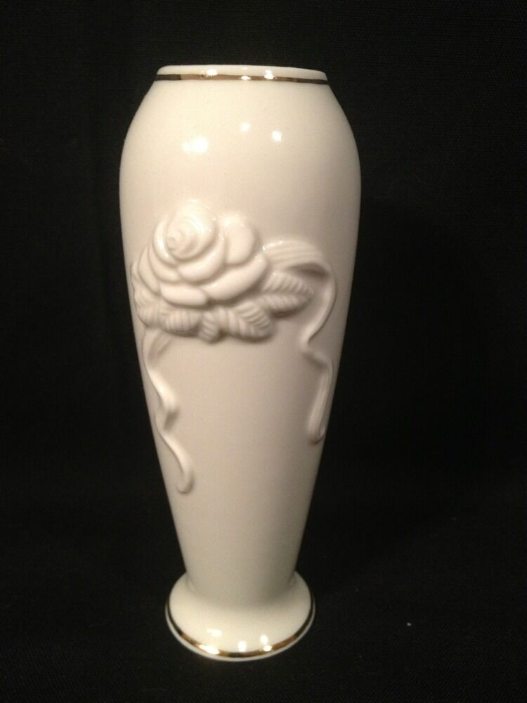 Small Lenox Ivorycream Rose Bud Vase With 24k Gold Trim 575