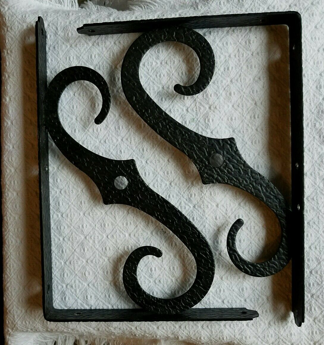 2 Vtg Decorative Black Hammered Wrought Iron Simple Scroll Shelf Brackets 7 x 10