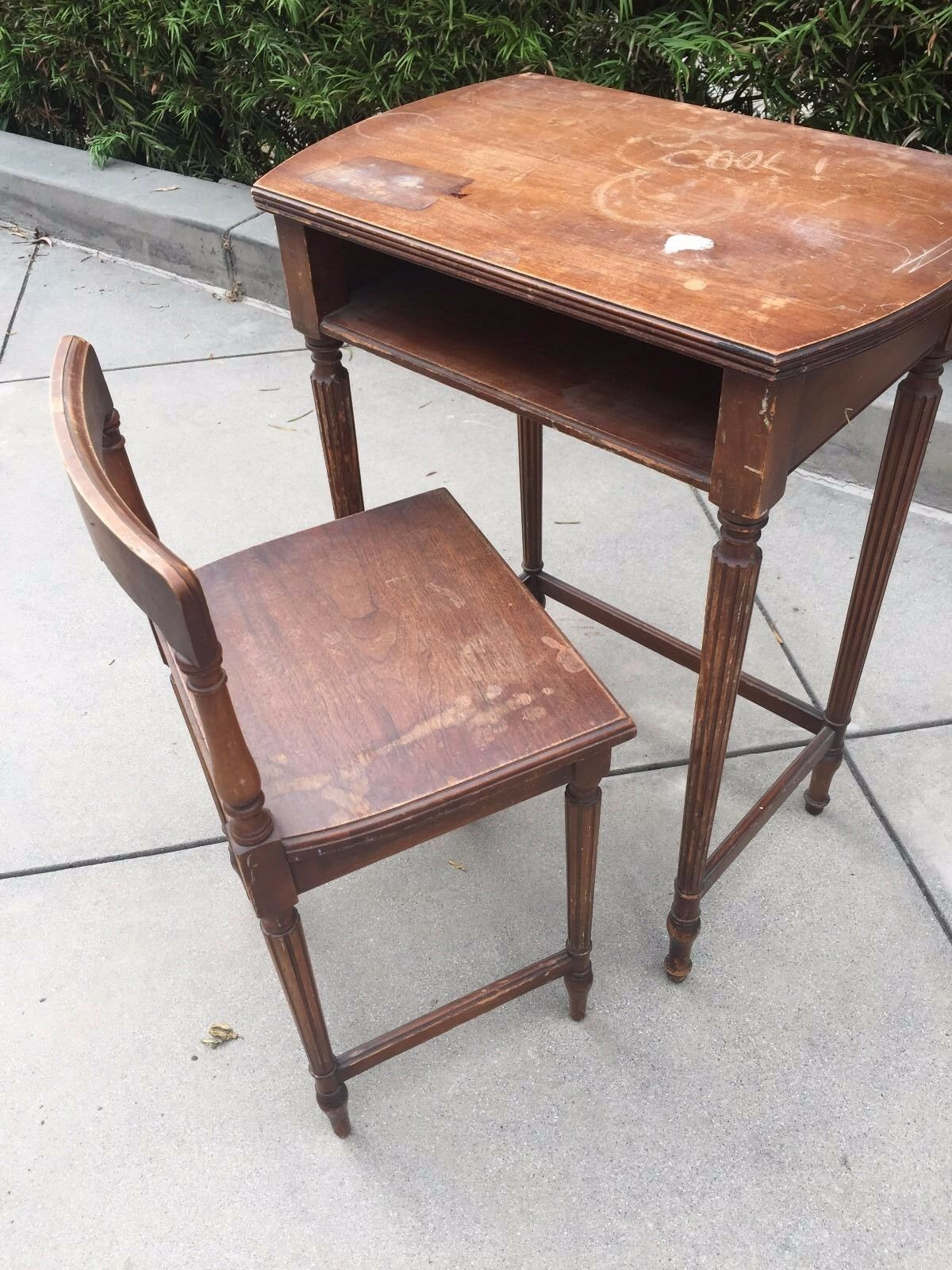 Antique Child's Desk with Chair 1 of 1Only 1 available ... - ANTIQUE CHILD'S DESK With Chair - $150.00 PicClick