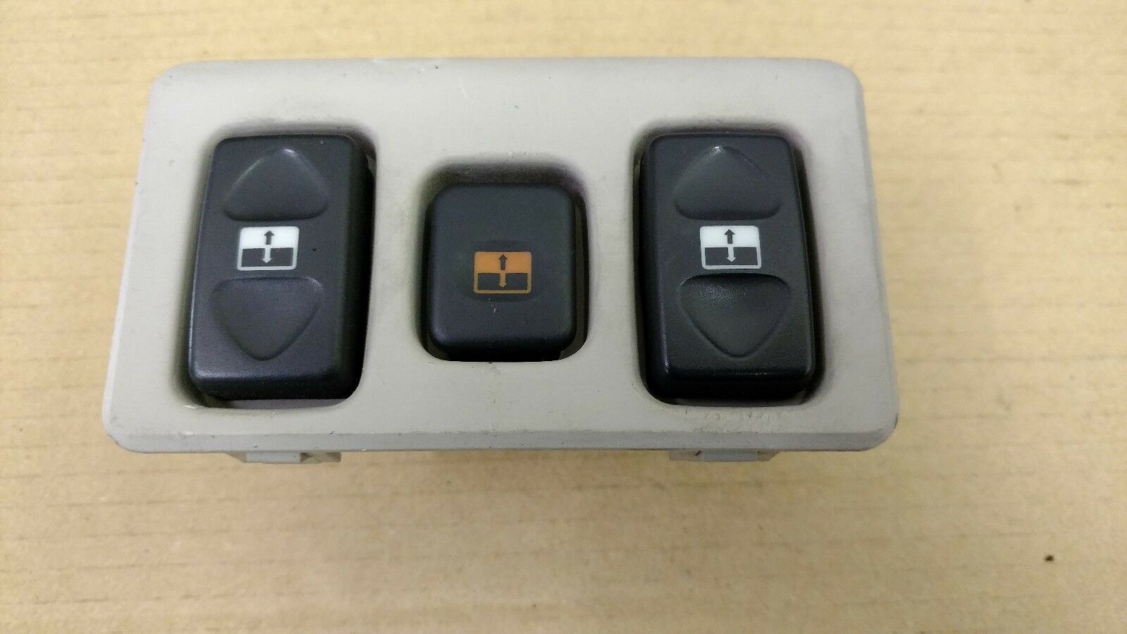 Moonroof switches
