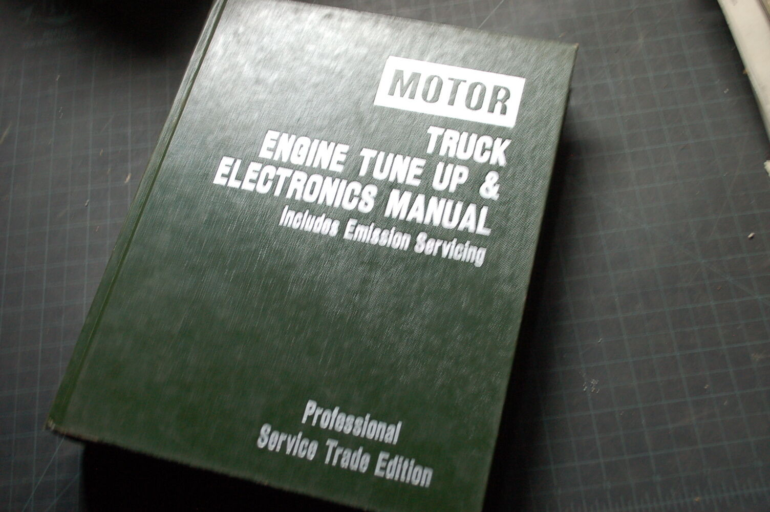MOTOR TRUCK DIESEL Engine Tune-Up Electronics Repair Shop Service Manual  book 1 of 6Only 1 available ...