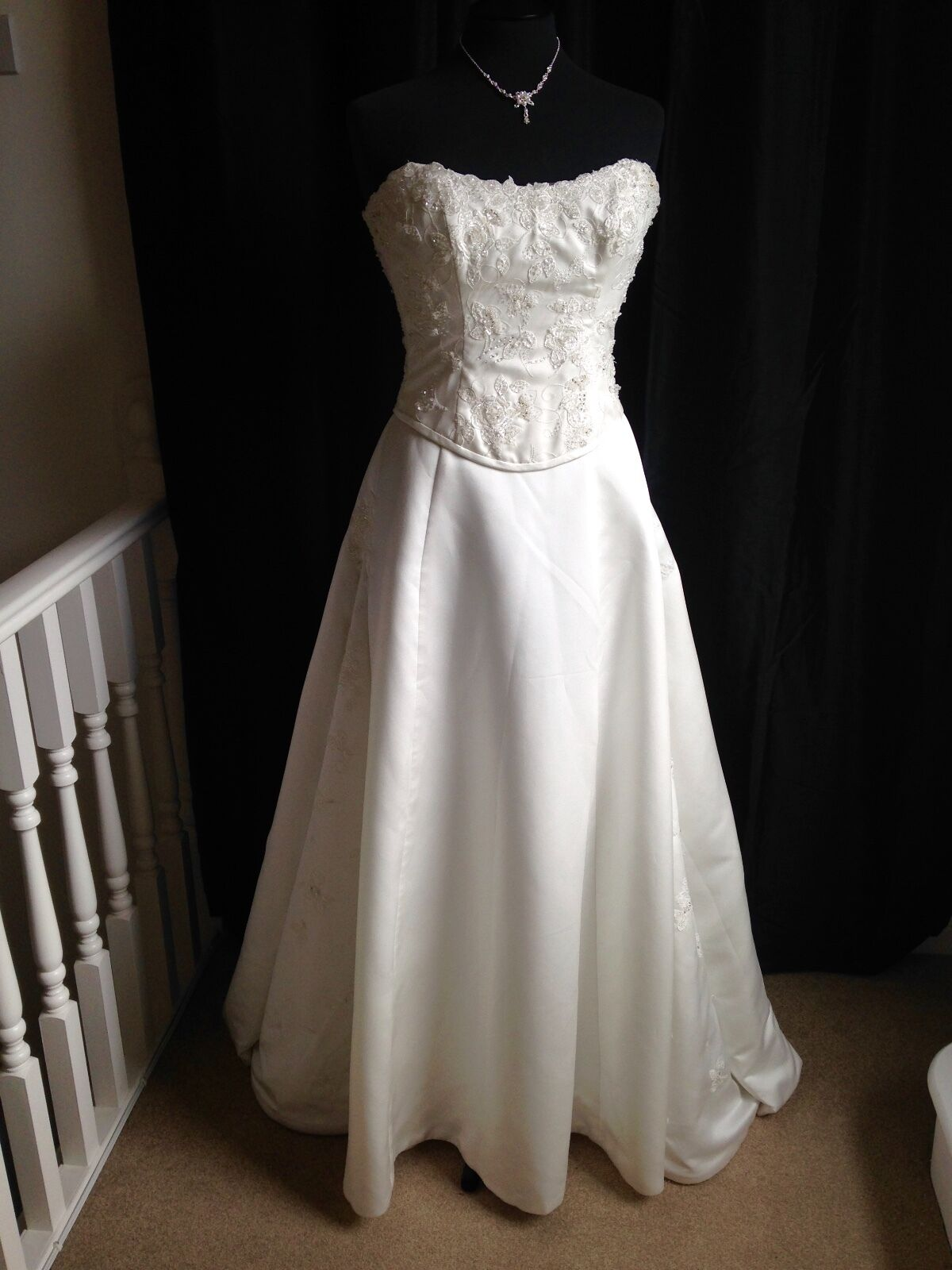 Maggie sottero ivory lace wedding dress cheap wedding for Designer wedding dresses with prices