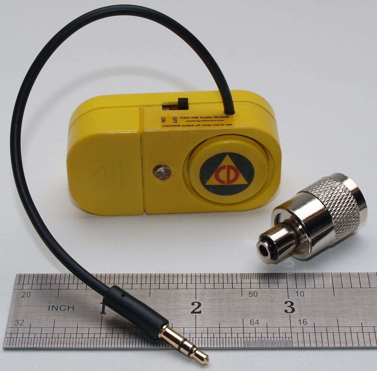 Cdv 700 Geiger Counter Mini Speaker With Led Flasher Headphone 1 Sur 2 Voir Plus