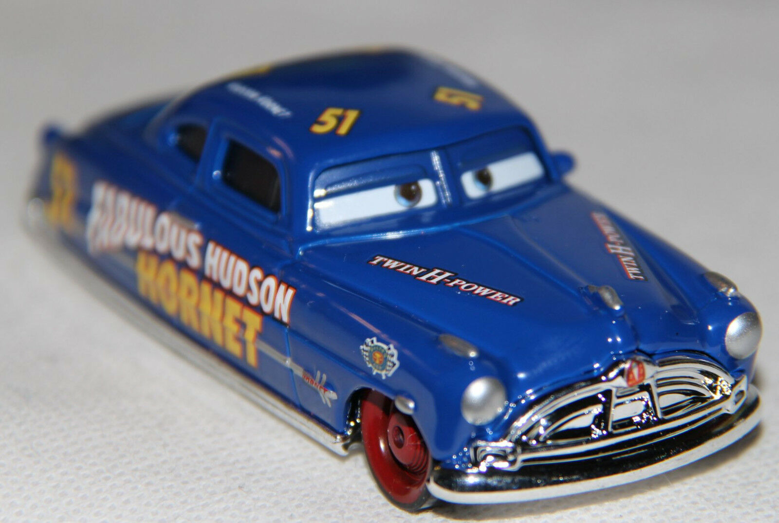 doc fabulous hudson hornet mattel cars auto diecast neu. Black Bedroom Furniture Sets. Home Design Ideas