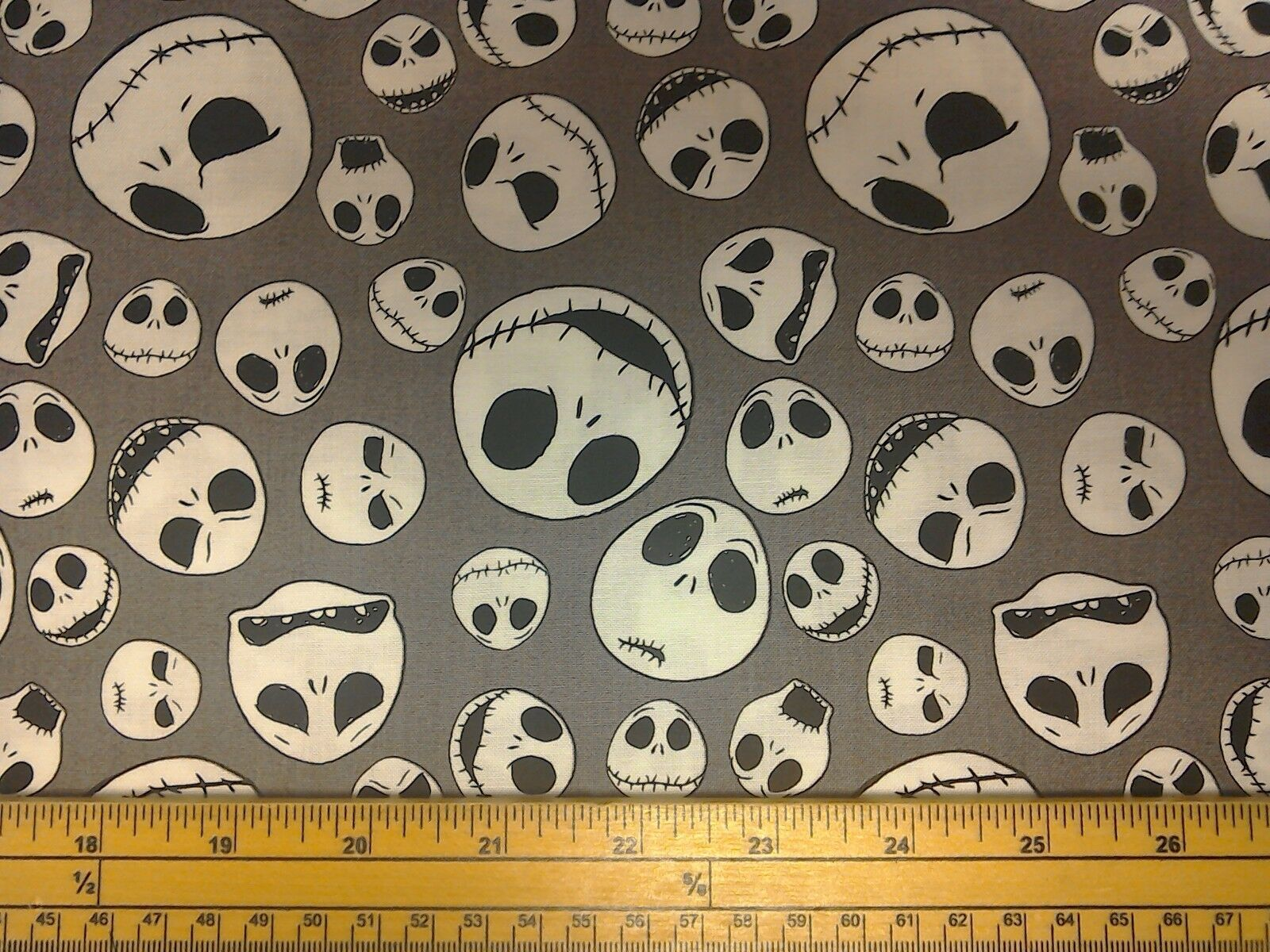 NIGHTMARE BEFORE Christmas Jack Sally Quilt Fabric - £12.00 ...