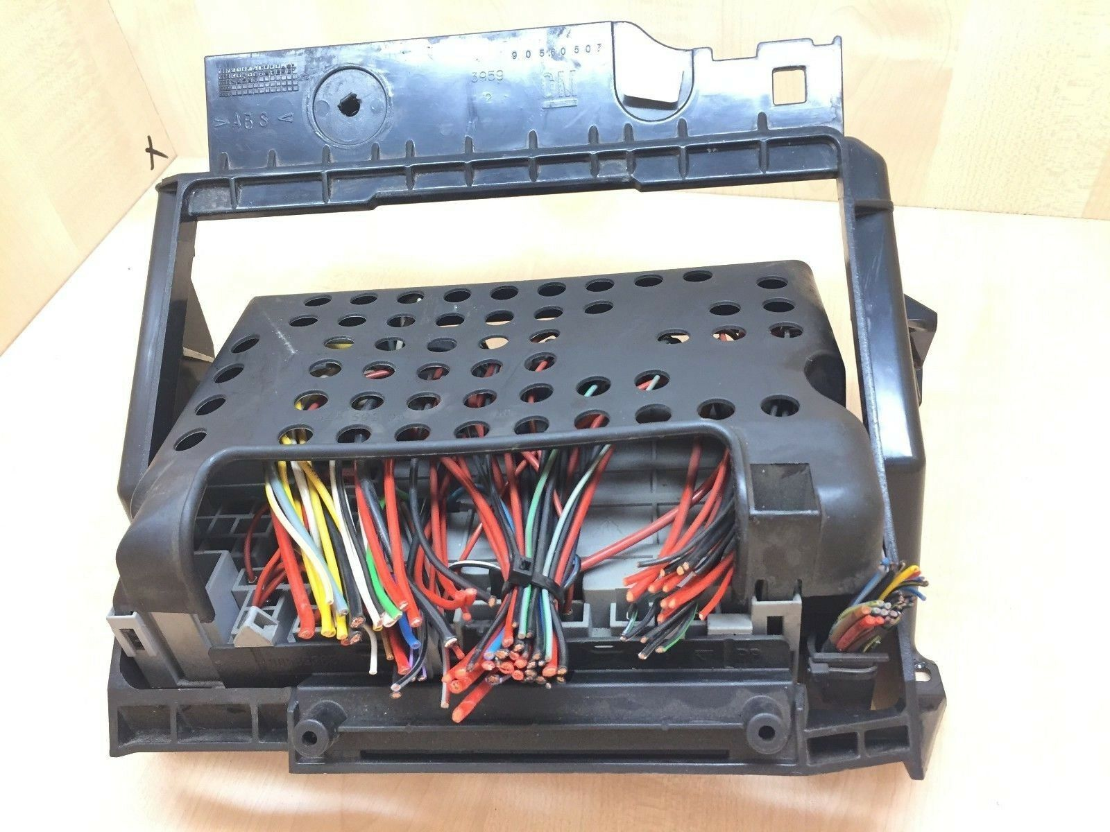Vauxhall Opel Zafira A Astra G 2 0 Dti Fuse Box 90 589 965 90589966 Astra G  Fuse Box Location Where Is Fuse Box Astra G