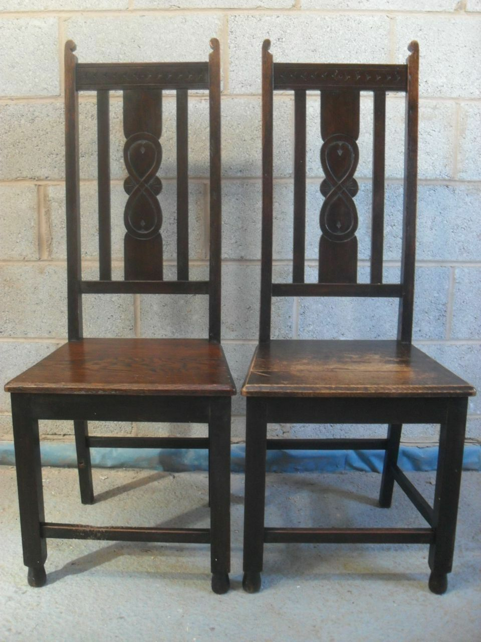 Pair of Oak Slatted and Carved Back Hall/Side Chairs