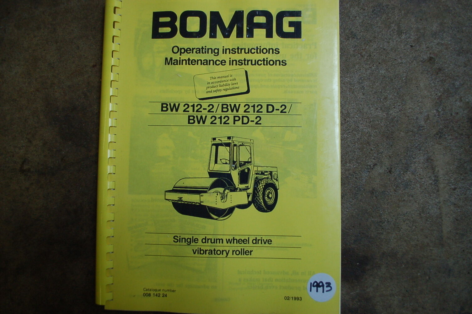 1 of 8Only 1 available BOMAG BW212-2 Roller Compactor Owner Operator  Operation Maintenance ...