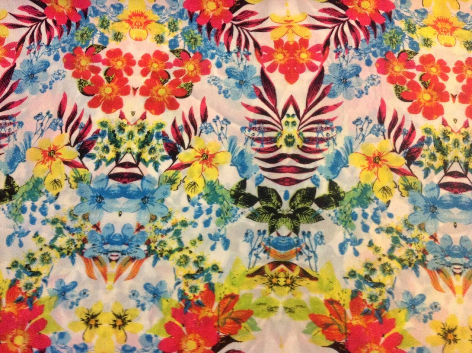 Hawaiian Tropical Flower Floral Polyester Fabric 58w Sold Bty